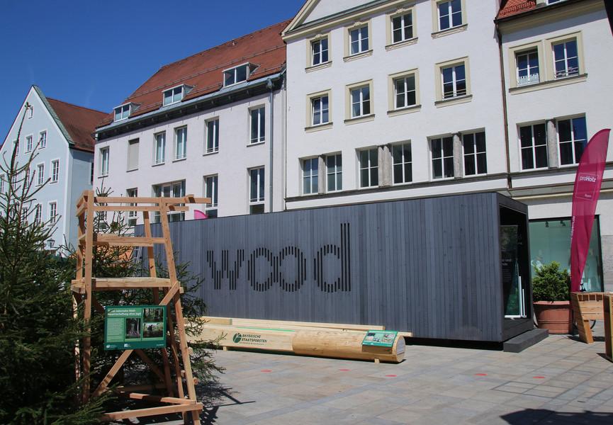 die woodbox pr sentierte auf dem waldmarkt in regensburg wie holz schnell und sauber die. Black Bedroom Furniture Sets. Home Design Ideas