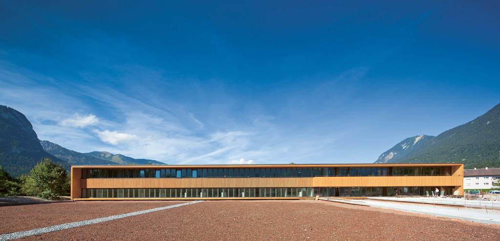 Garmisch partenkirchen tax office for Designhotel garmisch